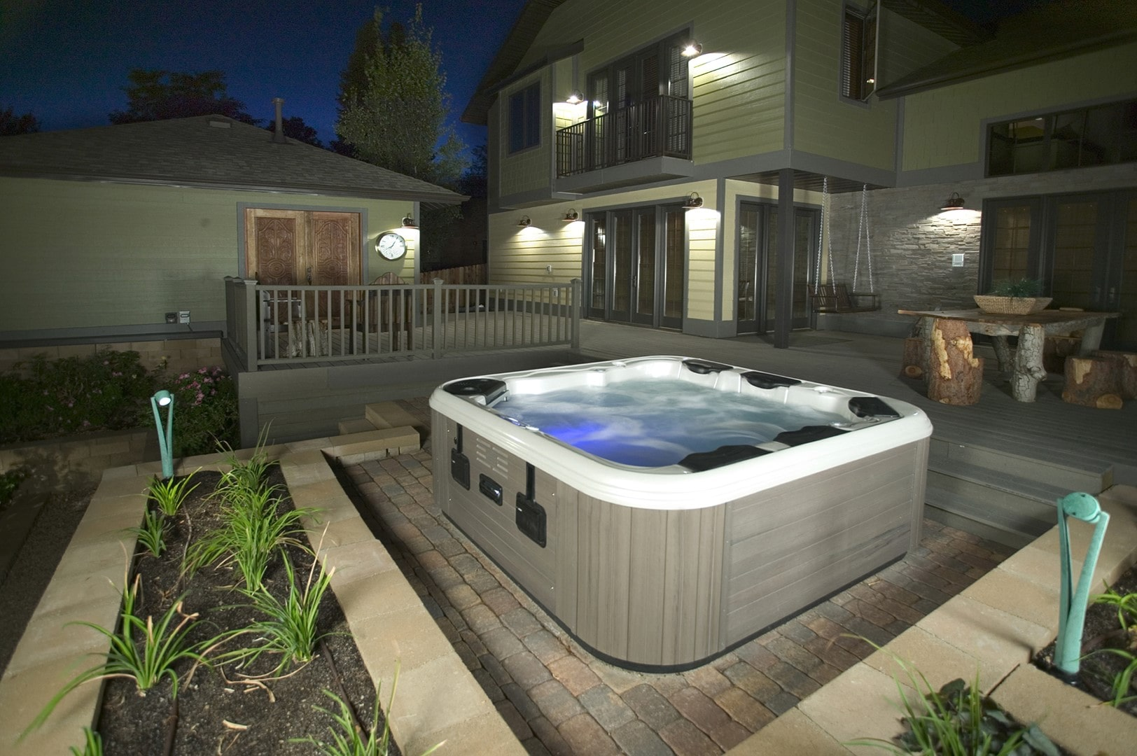 5 Tips on Buying a Hot Tub